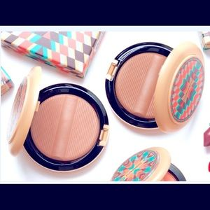NEW - MAC LIMITED EDITION Vibe Tribe Bronzer